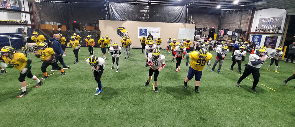 Kansas City Athlete Training for both youth and high school athletes with group classes and private training along with football specific camps and speed and agility classes for all sports and athletics in Kansas City Missouri