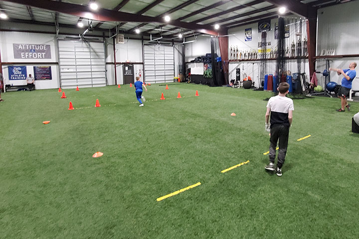 Defensive Back Football Training by Kansas City Athlete Training for both youth and high school athletes with group classes and private training along with camps and speed and agility classes for all sports and athletics in Kansas City Missouri
